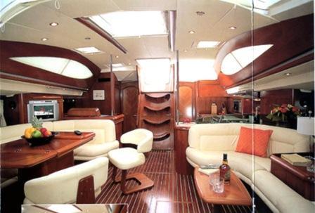 Luxusyachten innen  Luxusyacht: Mitsegeln mit Sun Odyssey 54DS
